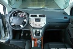 Ford Kuga02
